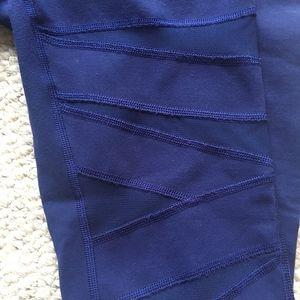 Beautiful Lululemon mesh leggings